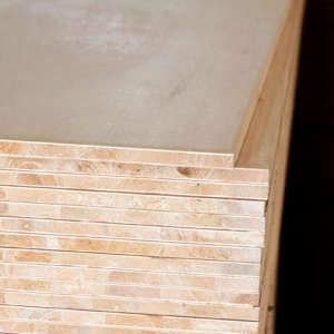 百利-F3柳安木芯板